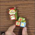20101225|クリスマス?びっくり箱と積み木のマグネット